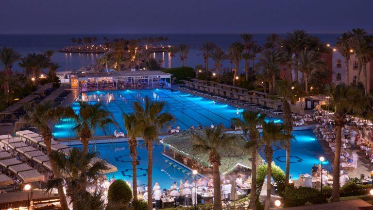 Arabia Azur Pool (2)