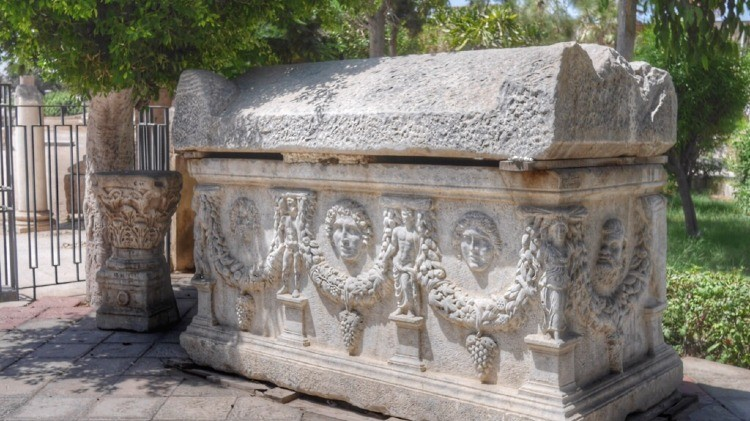 Catacombs of Kom el Shouqafa